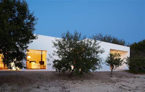 Casa de diseño en Ibiza de Roberto Ercilla