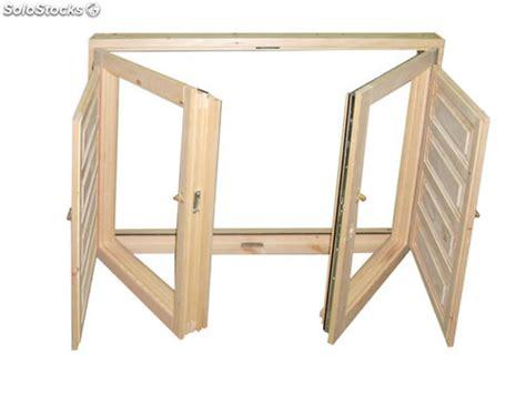 Casa de este alojamiento: Ventanas de madera fabricacion