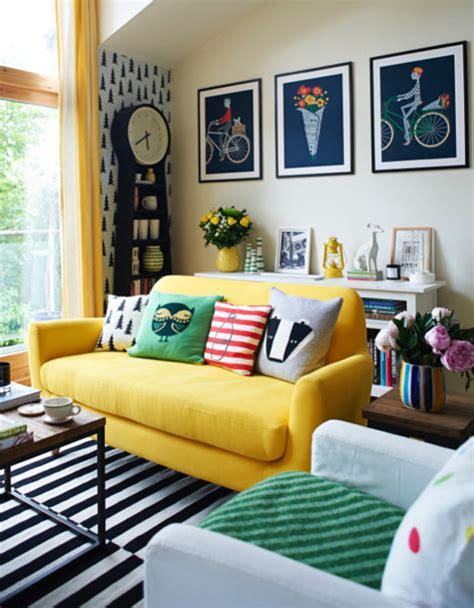 Casas coloridas, fachadas e interiores con colores ...