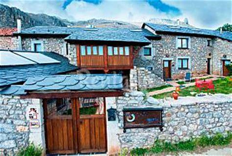 Casas rurales bonitas y baratas en la montaña — idealista/news