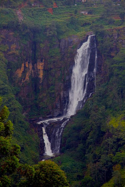 Cascadas de Sri Lanka: las 5 más bonitas