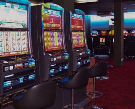 CasinoPark   Salones de juego y apuestas deportivas
