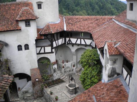 Castillo de Bran | El castillo de Dracula | Transilvania ...