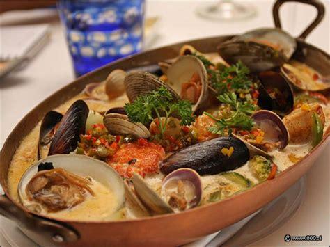 Casulet de pescados y mariscos en restaurante NoSo ...