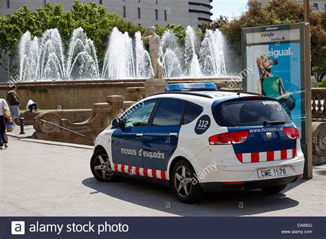 catalonian police force mossos d'esquadra patrol car in ...