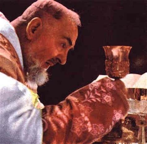 Catolicidad: EL CULTO EUCARISTICO