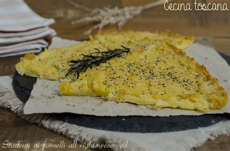 Cecina toscana con farina di ceci, tipica di Pisa, ricetta