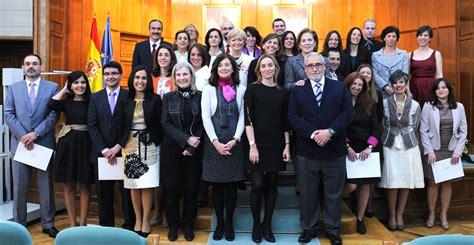 CEJ. Centro de Estudios Jurídicos - ENTREGA DE DESPACHOS ...