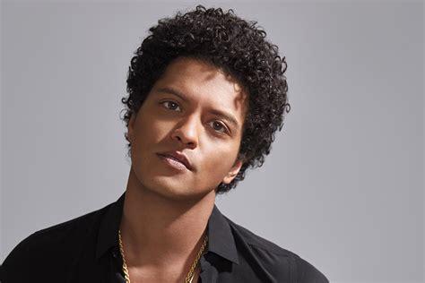 [celeb photos] Bruno Mars for Latina - Celebria - ATRL
