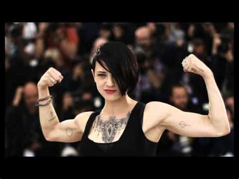 Celebrity Tattoos: A really good shot of Asia Argento ...