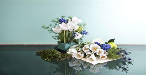 Centro de mesa con flores: colorido primaveral   WESTWING