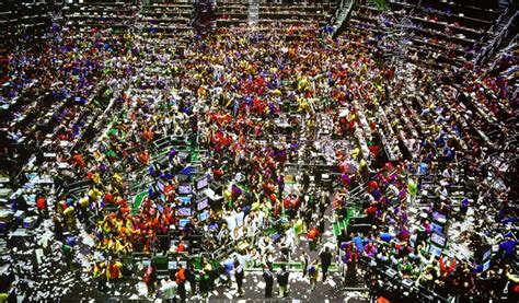 Chicago Mercantile Exchange trading pit by thaifx on ...