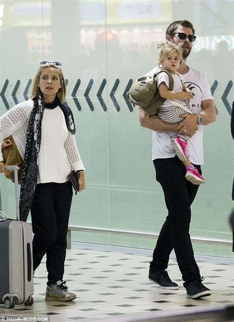 Chris Hemsworth and wife Elsa Pataky dote on daughter ...