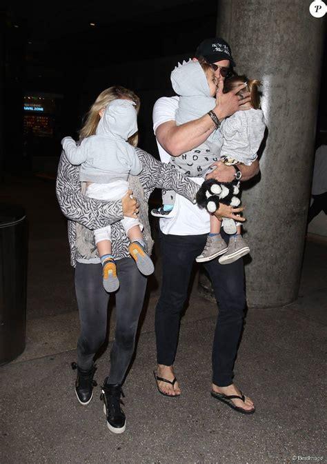 Chris Hemsworth, Elsa Pataky et leurs enfants Sasha ...