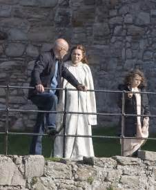 Chris Pine films Outlaw King in Scotland with James Cosmo ...