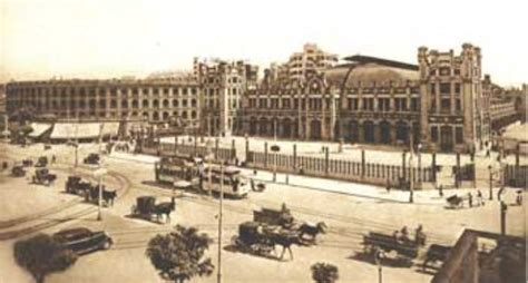 Cien años de vida en la Estación del Norte de Valencia
