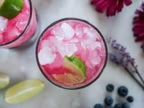 Cinco cócteles con frutas para refrescar el domingo (o ...