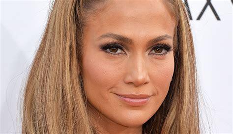 Cinco famosas que no aparentan la edad que tienen ...