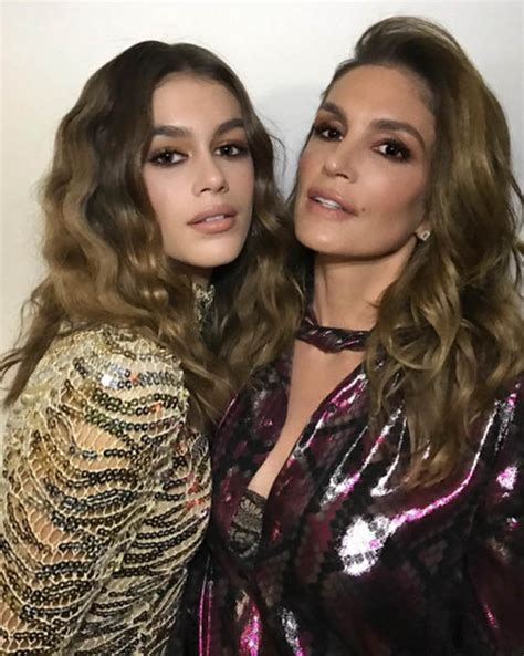 Cindy Crawford Instagram: Kaia Gerber is supermodel s twin ...
