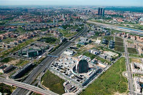 Ciudad BBVA: ¿movilidad sostenible? - ecomovilidad.net