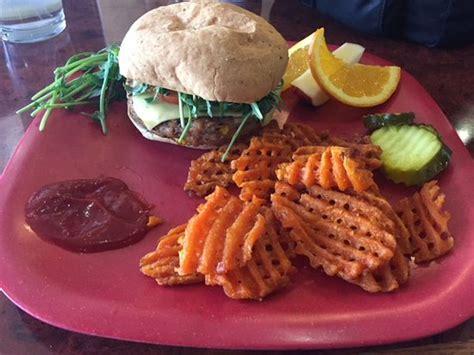 Classic burger with sweet potato waffle fries   Foto de Go ...