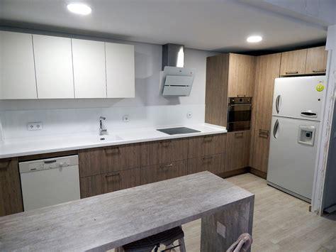 cocinasalemanas.com | Muebles de cocina en roble gris seda