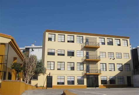 Colegio Ave María Esparraguera, Motril: COLEGIO AVE MARÍA ...