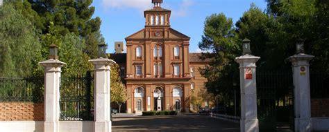 Colegio Jesuita San José en Villafranca De Los Barros ...