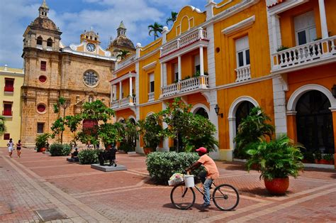Colombian Travel - Invest in Cartagena