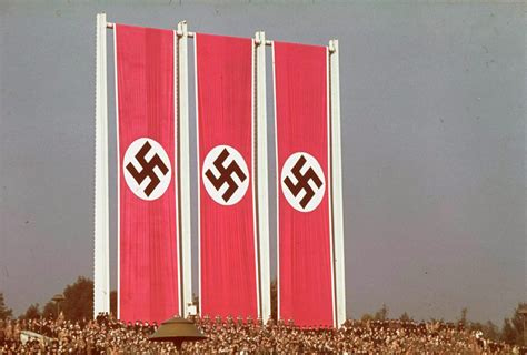 Color photos from pre-war Nazi Germany