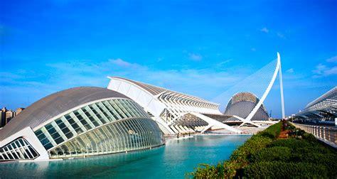 Comer en la Ciudad de las Artes y las Ciencias | Love Valencia