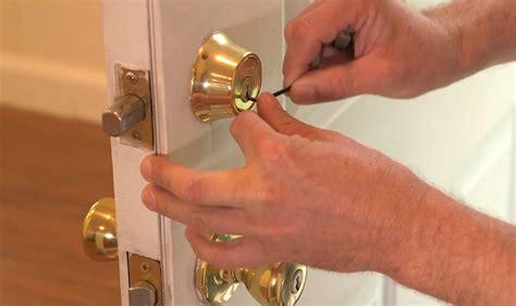 ¿Cómo abrir una cerradura con la llave dentro ...