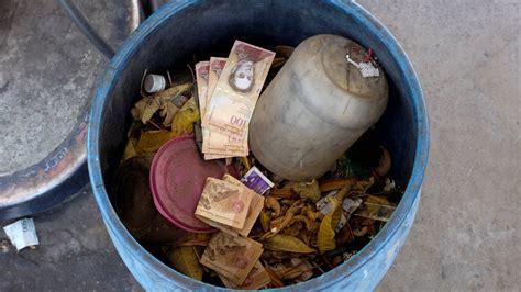 Cómo afecta la devaluación de la moneda en Venezuela a ...