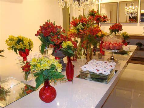 Como decorar a mesa com flores para eventos em casa ...