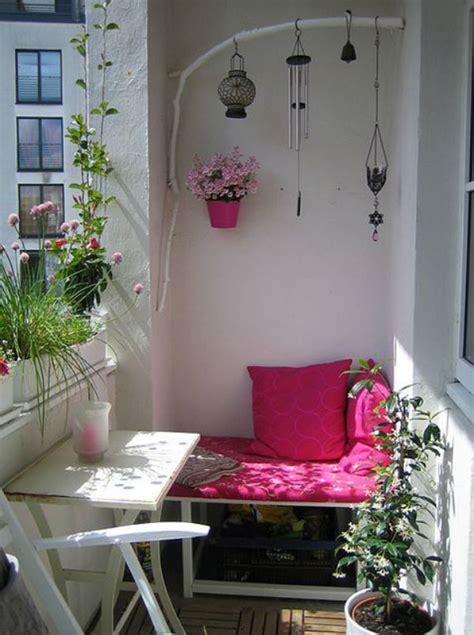 Cómo decorar un balcón pequeño - Decoratualma