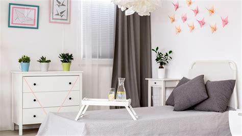 Cómo decorar una habitación de adolescente en tonos claros