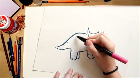 Como dibujar un Triceratops - dibujos de dinosaurios para ...