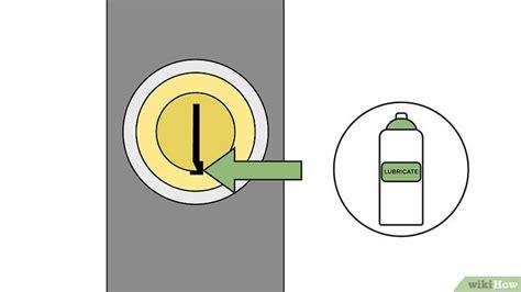 Cómo forzar una cerradura: 16 pasos (con fotos)