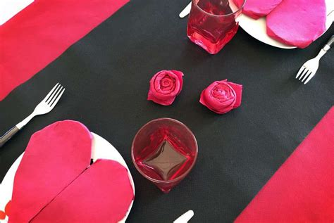 Cómo hacer corazones y rosas de papel para san Valentín ...