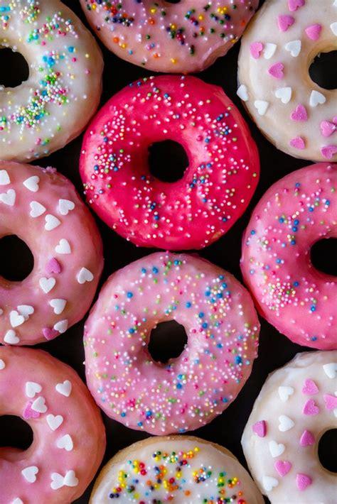 Cómo hacer donuts caseros  muy fácil    Zeleb.com.co