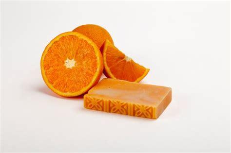 Cómo hacer jabón artesanal de naranja - recetas fáciles y ...