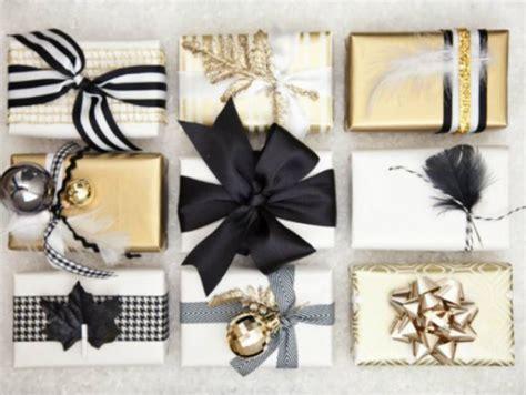 Cómo hacer moños con listón para tus regalos | ActitudFem
