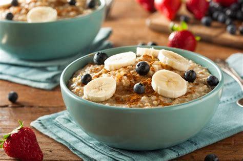 Cómo hacer porridge de avena - 4 pasos (con imágenes)