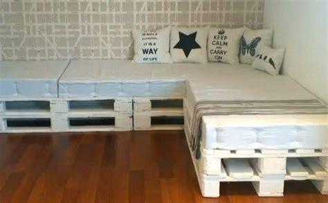 Cómo hacer un sofá con palets | facilisimo.com