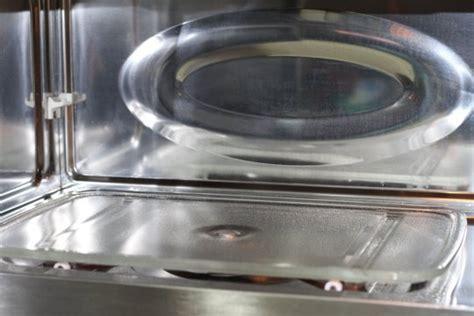 Cómo limpiar el microondas de forma fácil y rápida   Guía ...