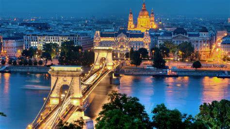 ¿Cómo se celebra la Navidad en Hungría?