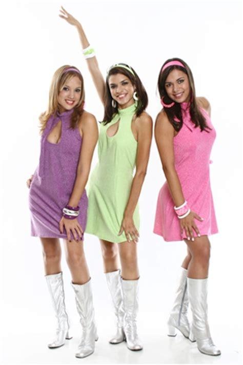 Como se vestir para uma festa dos anos 70 - Fashion ...