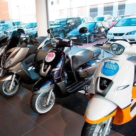 Concesionario Peugeot La Maquinista · Barcelona