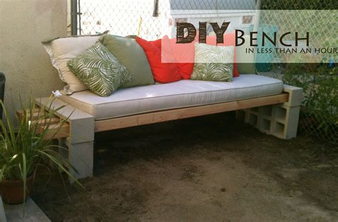 Concrete Block Outdoor Bench | Decor Hacks