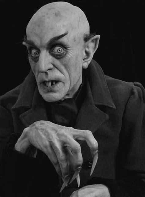 Conde Drácula – A História – A História